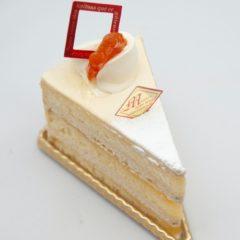 プラリネバタークリームケーキ